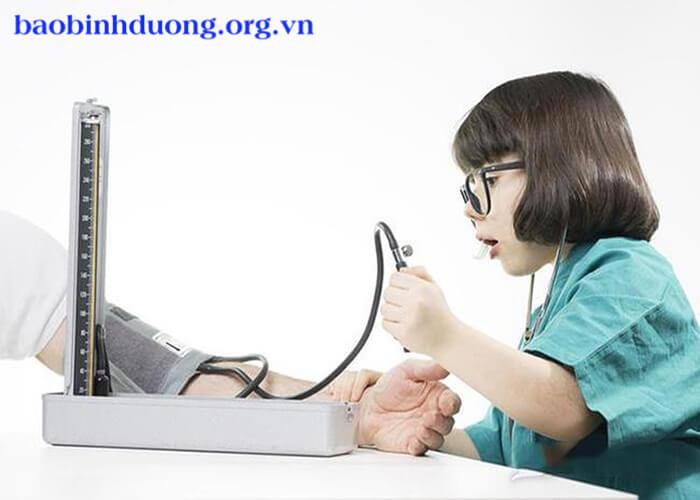 cách hạ huyết áp tức thời
