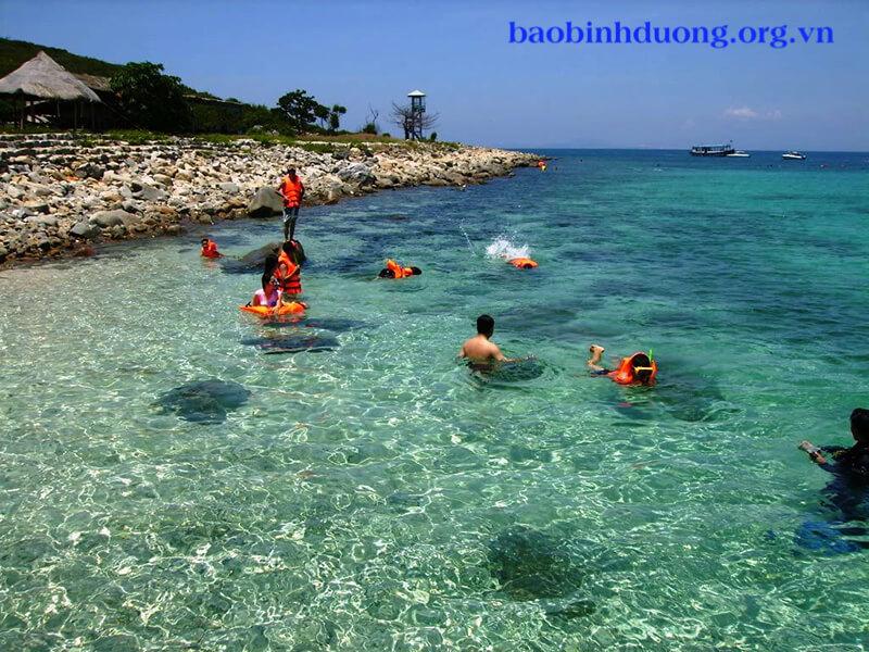 Land tour chính là sự liên kết giữa các công ty du lịch, với các địa điểm du lịch...
