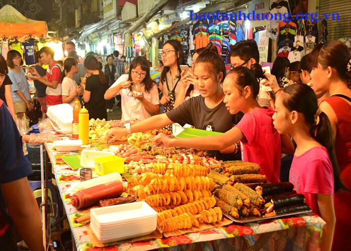 món ăn cực ngon về đêm ở Hà Nội