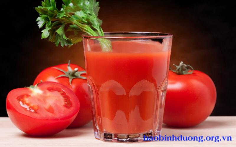 Nước ép cà chua sống