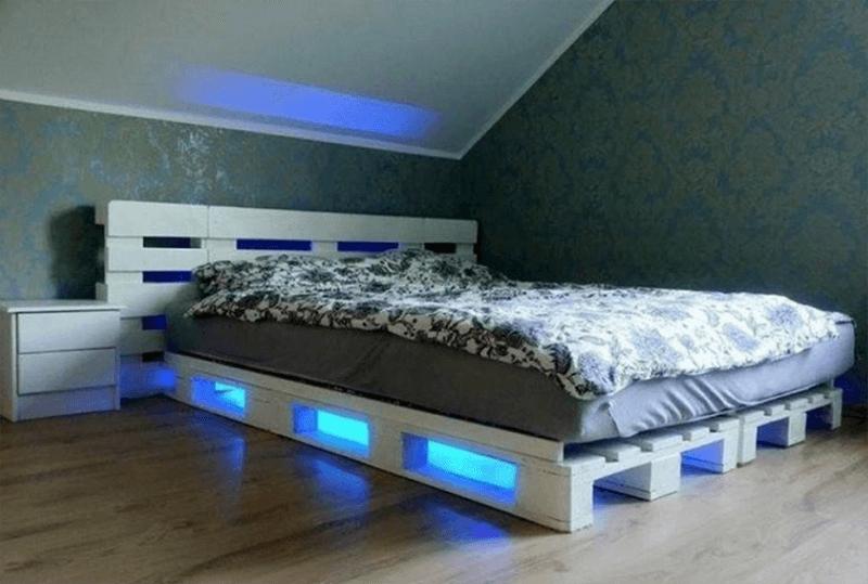 Giường gỗ pallet xinh xắn dành cho bạn