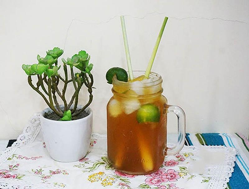 Kết hợp cùng sả và tắc giúp tăng thêm vị ngon cho trà